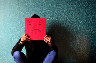 5 Tanda kehidupan tidak bahagia yang Harus Anda Ketahui
