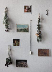 pajangan dinding